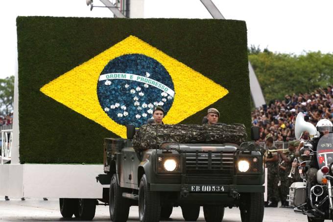 Desfile em homenagem ao Dia da Independência