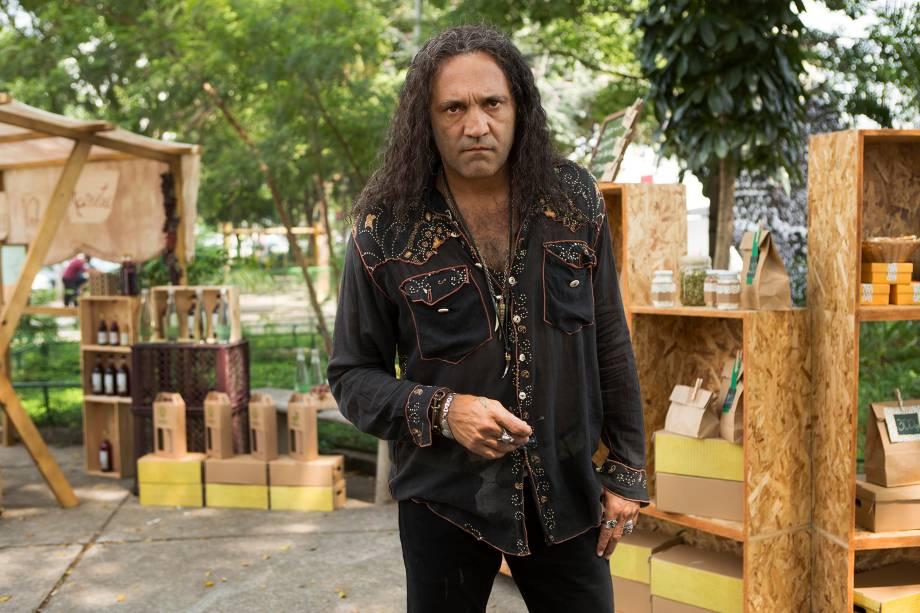 Domingos Montagner interpretou o personagem Corvo no longa 'Um Namorado para Minha Mulher' da diretora Julia Rezende