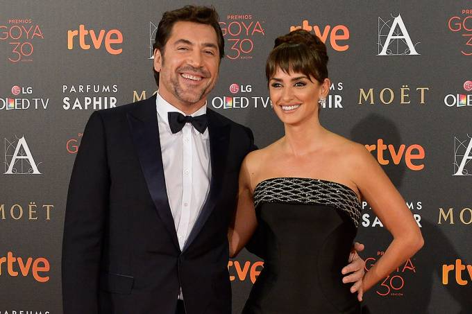 Javier Bardem e Penélope Cruz no tapete vermelho do Goya Cinema Awards 2016