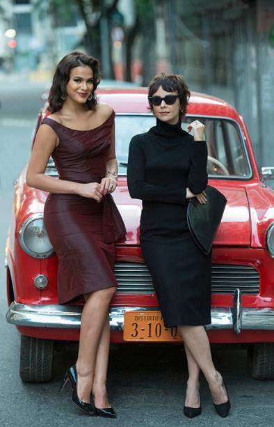 Débora Falabella e Bruna Marquezine, na série 'Nada Será Como Antes'
