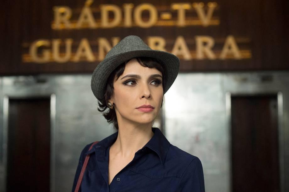 Débora Falabella na série 'Nada Será Como Antes'