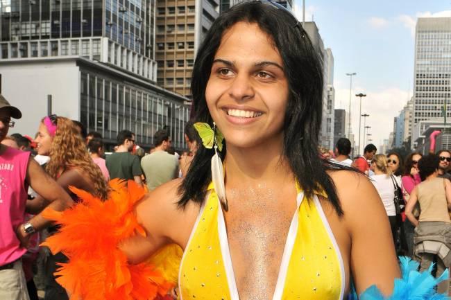 A travesti Andréia Albertine, que se envolveu num escândalo com o jogador Ronaldo, durante a Parada do Orgulho LGBT, na Avenida Paulista, em São Paulo (SP) - 25/05/2008