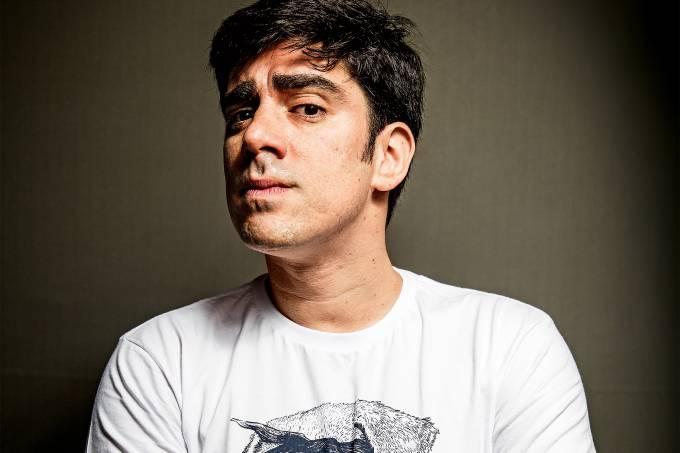 TRUNFO GLOBAL -Adnet: um ídolo da galera da internet na disputa pelo trono do desbravador Jô Soares