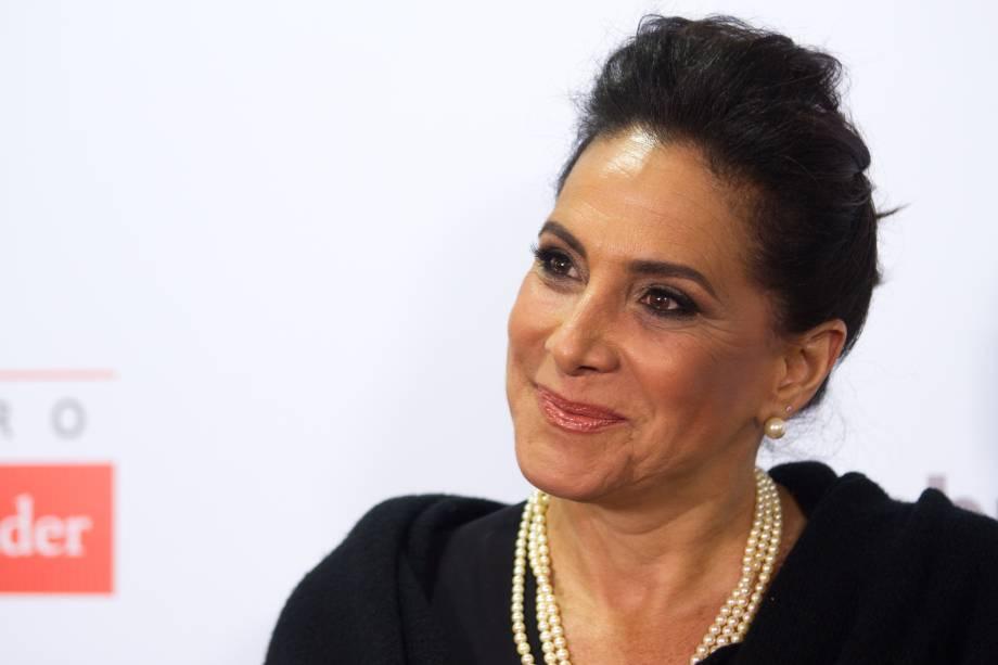 A atriz Totia Meirelles, a madrasta de Cinderella (Foto: Natália Luz)