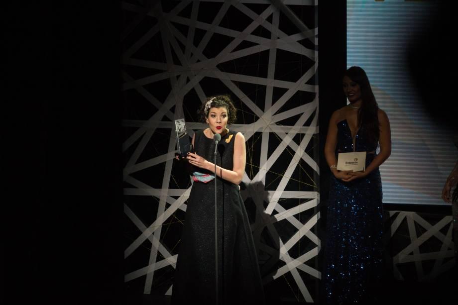 Mariana Elizabetsky recebeu o prêmio de Melhor Versão pela adaptação do musical Meu Amigo Charlie Brown (Foto: Natália Luz)