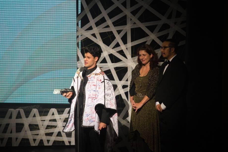 Ruy Brissac, de O Musical Mamonas, recebeu o prêmio de Melhor Ator Revelação (Foto: Natália Luz)