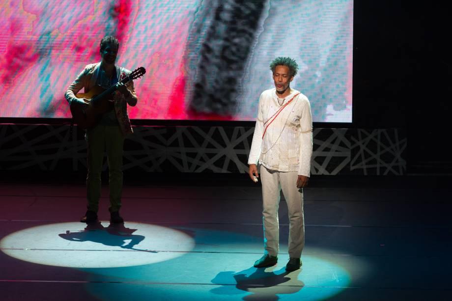 Elenco de Gilberto Gil, Aquele Abraço - Um Musical (Foto: Natália Luz)