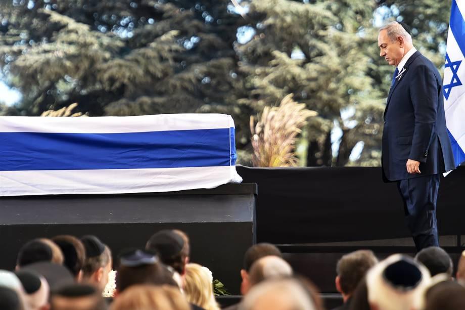 O primeiro-ministro israelense, Benjamin Netanyahu,  durante funeral do ex-presidente Shimon Peres no Monte Herzl, em Jerusalém - 30/09/2016
