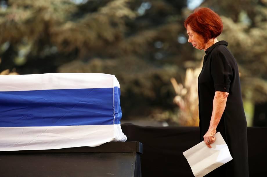 Zvia Valdan, filha do ex-presidente de Israel, Shimon Peres, participa de funeral no Monte Herzl, em Jerusalém - 30/09/2016