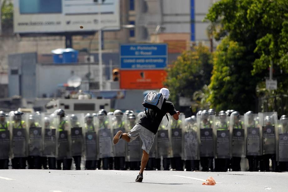 Os venezuelanos tomam as ruas de Caracas nesta quinta-feira em manifestações para reivindicar a realização de referendo - 01/09/2016
