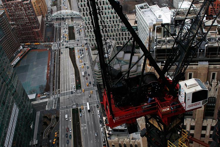 Vista aérea da West Side Highway, próxima do local onde foi construído o novo World Trade Center, em Manhattan - 09/03/2011