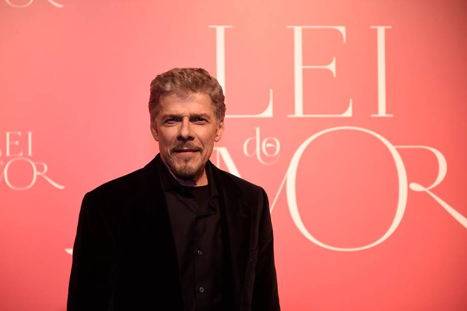 O ator José Mayer, durante a festa de lançamento da novela 'A Lei do Amor'