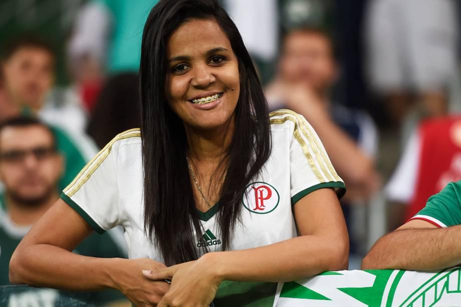 Torcedores do Palmeiras no Allianz Parque, na zona oeste de São Paulo, em noite de partida contra o Flamengo, válida pela 25ª rodada do Campeonato Brasileiro 2016 - 14-09-2016