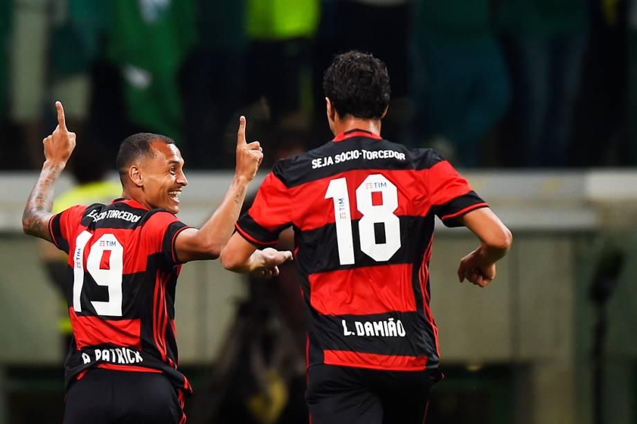 Gol de Alan Patrick do Flamengo contra o Palmeiras, válida pelo 25ª rodada do Campeonato Brasileiro de Futebol 2016, no Allianz Parque (Arena Palestra Itália), em São Paulo (SP) - 14-05-2016