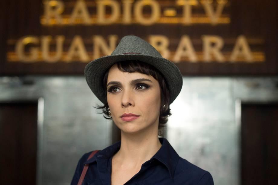 Veronica (Débora Falabella) em cenas de Nada Será Como Antes, nova série da TV Globo