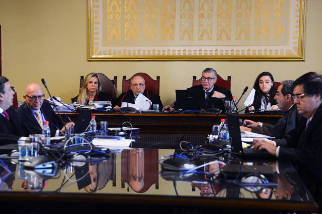 A 4ª Câmara Criminal do Tribunal do Júri de São Paulo re-analisa os julgamentos do Massacre do Carandiru