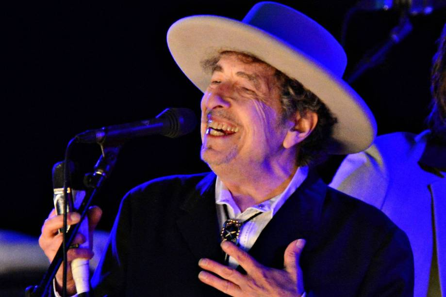 Bob Dylan durante apresentação noThe Hop Festival em 2012