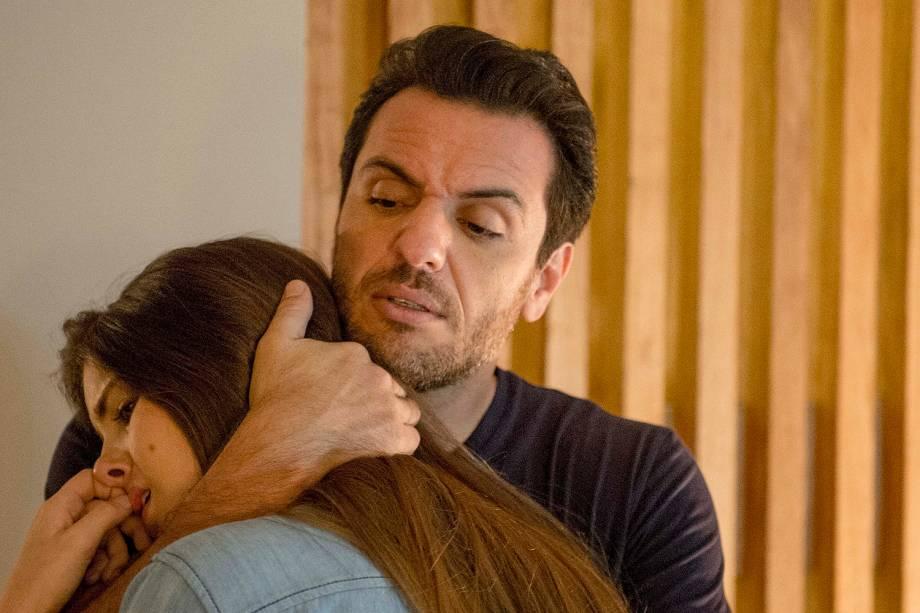 """Rodrigo Lombardi e Camila Queirozna novela """"Verdades Secretas"""""""