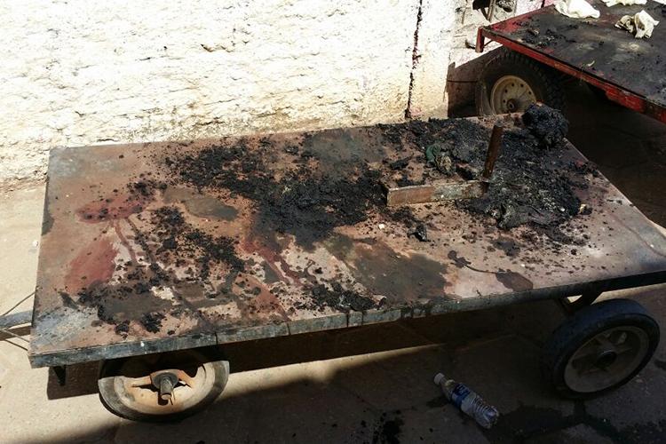 Corpos foram incendiados durante a rebelião; na imagem, é possível ver um crânio carbonizado