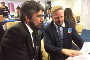 O senador Valdir Raupp (PMDB/RO) e o presidente de Liberland, Vít Jedlička