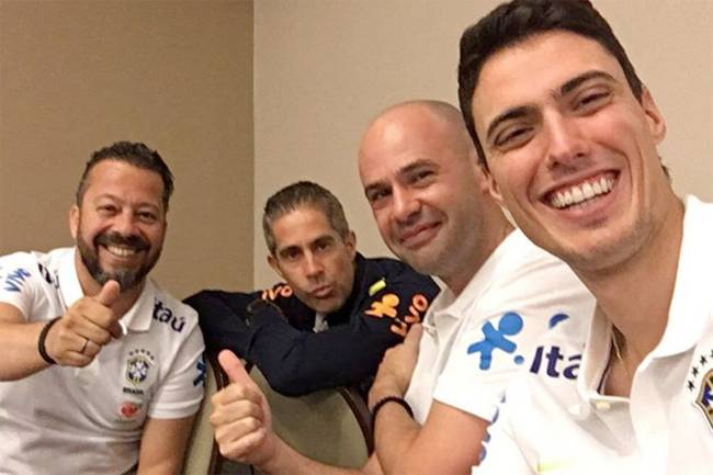 Os auxiliares de Tite: Cleber Xavier, Sylvinho, Maurício Dulac e Matheus Bachi