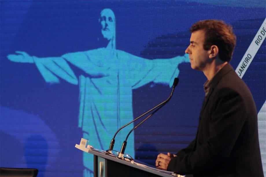 O candidato Marcelo Freixo (PSOL), participa do debate de 2º turno para a Prefeitura da capital carioca, no Hotel Windsor Oceânico, na Barra da Tijuca, no Rio de Janeiro (RJ)
