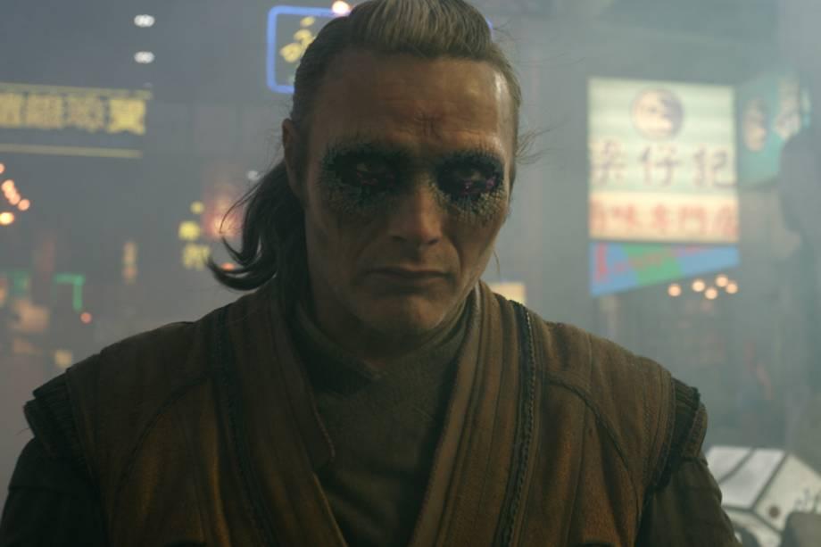 """<p class=""""MsoNormal"""">Mads Mikkelsen interpreta o vilão Kaecilius no filme 'Doutor Estranho', da Marvel</p>"""