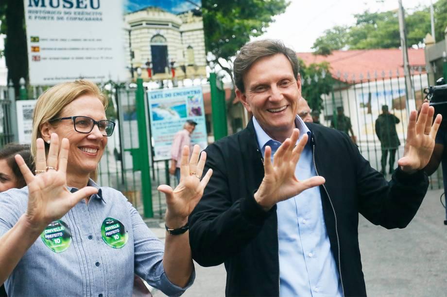 Marcelo Crivella (PRB), candidato à prefeitura do Rio de Janeiro vota no Clube Marinbás no bairro de Copacabana, na zona sul carioca - 30/10/2016