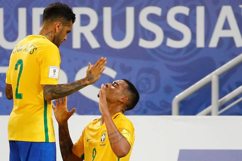 Gabriel Jesus após marca o terceiro gol do Brasil sobre a Bolivia pelas eliminatorias, na Arena das Dunas em Natal