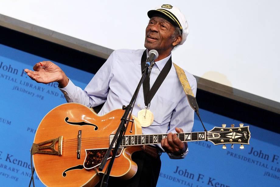 O guitarrista Chuck Berry durante apresentação em Boston, no estado americano de Massachusetts - 26/02/2012