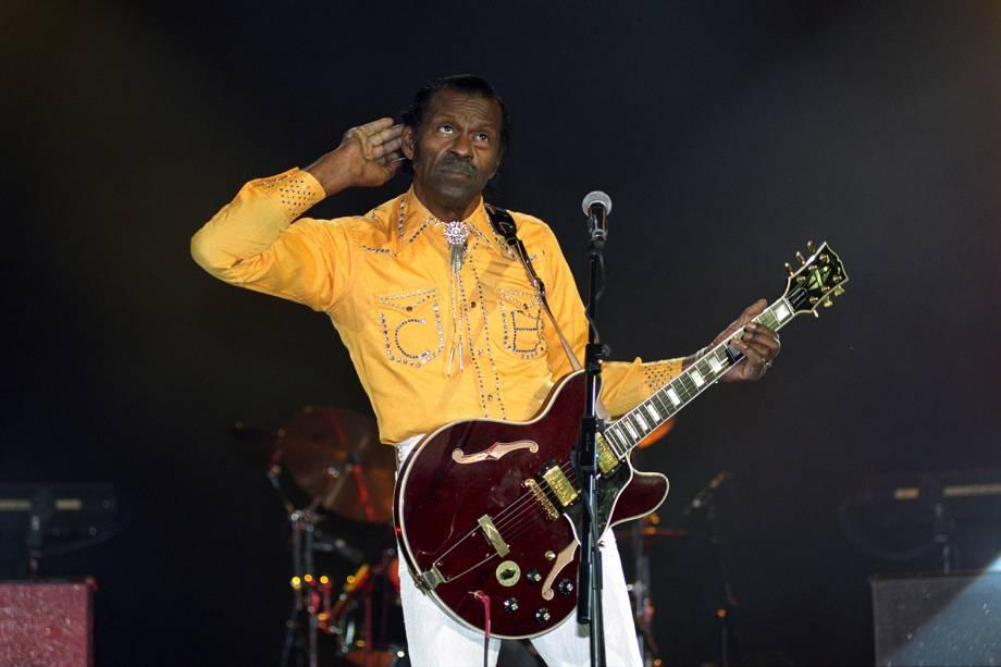 O guitarrista Chuck Berry durante apresentação no Hammersmith Apollo, em Londres - 15/06/1994