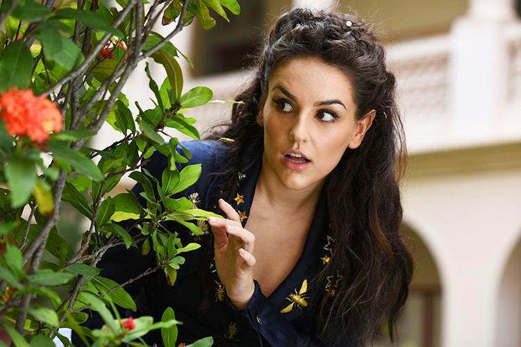 Geraldine (Kéfera Buchmann), em cena do filme 'É Fada'