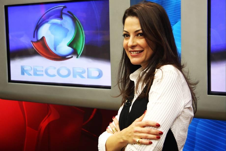 """Ana Paula Padrão apresentando o """"Jornal da Record"""", da Rede Record - 11/05/2009"""