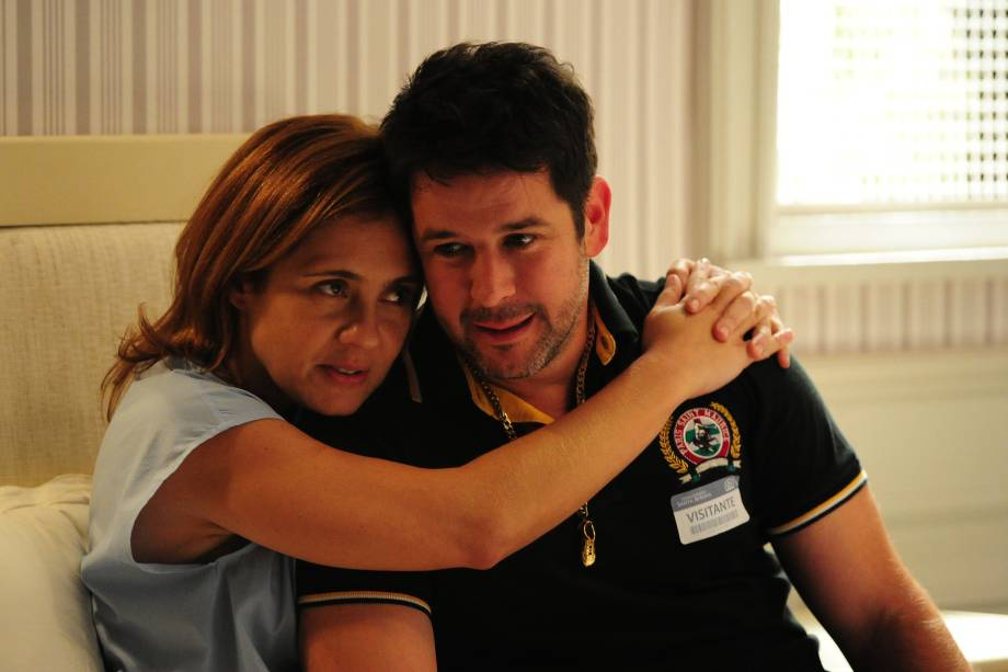 Adriana Esteves e Murilo Benício na novela 'Avenida Brasil', da Rede Globo