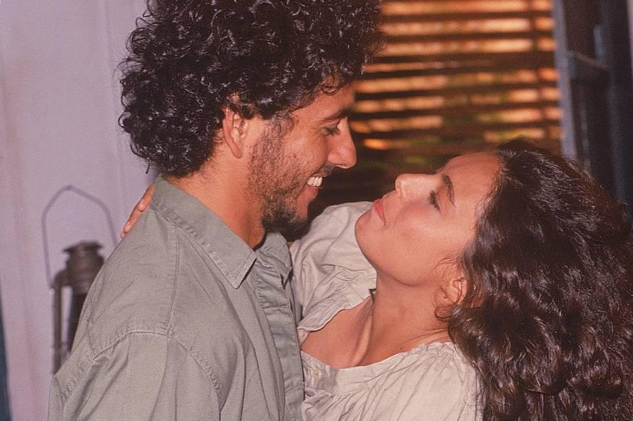 Giovanna Gold e Marcos Palmeira na novela 'Pantanal', da Rede Manchete