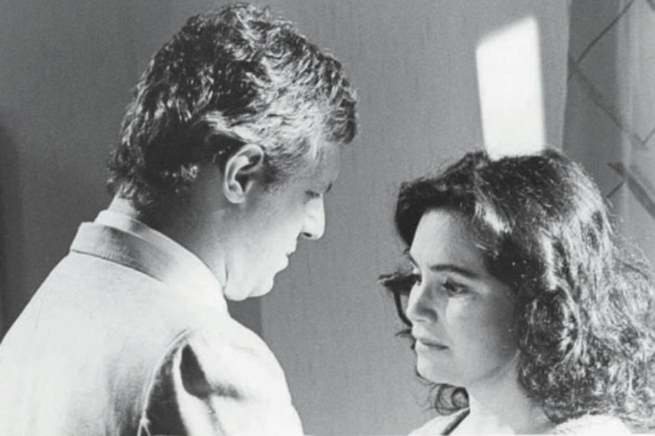 """Antonio Fagundes e Regina Duarte na novela """"Vale Tudo"""", da Rede Globo."""