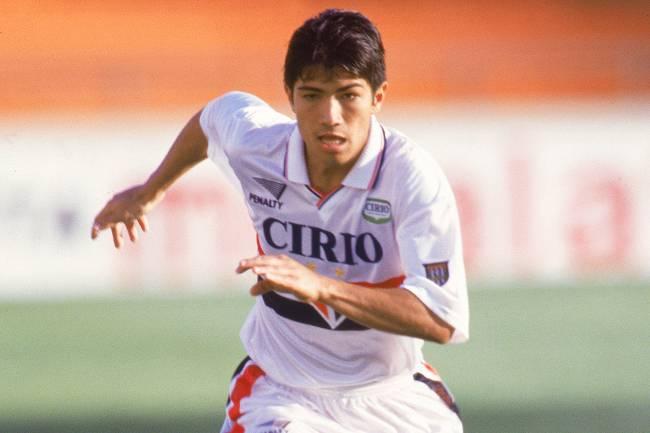 O ex-atacante de São Paulo, Sandro Hiroshi, durante partida contra o Internacional no Estádio do Morumbi - 01/10/1999