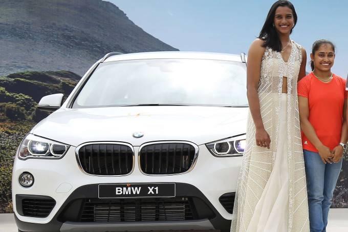 Ginasta indiana Dipa Karmakar ganha BMW como prêmio de sua participação na Rio-2016
