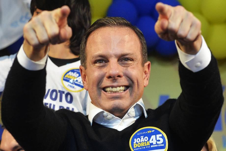 O candidato do PSDB à Prefeitura de São Paulo, João Doria, comemora sua vitória no comitê eleitoral, em São Paulo (SP) - 02-010-2016