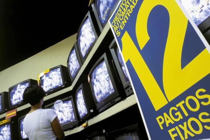 Televisores em promoção na Loja Mappin