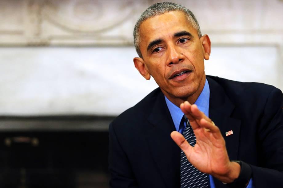 O presidente dos Estados Unidos, Barack Obama, se reúne com a imprensa no Salão Oval da Casa Branca, para falar sobre a passagem do furacão Matthew no país - 07/10/2016