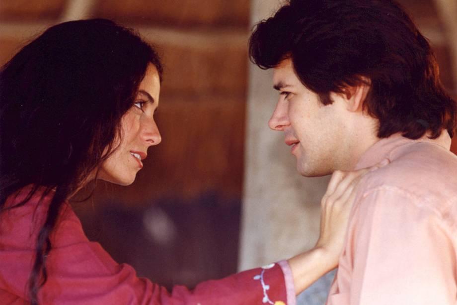 Giovanna Antonelli e Murilo Benício na novela 'O Clone'