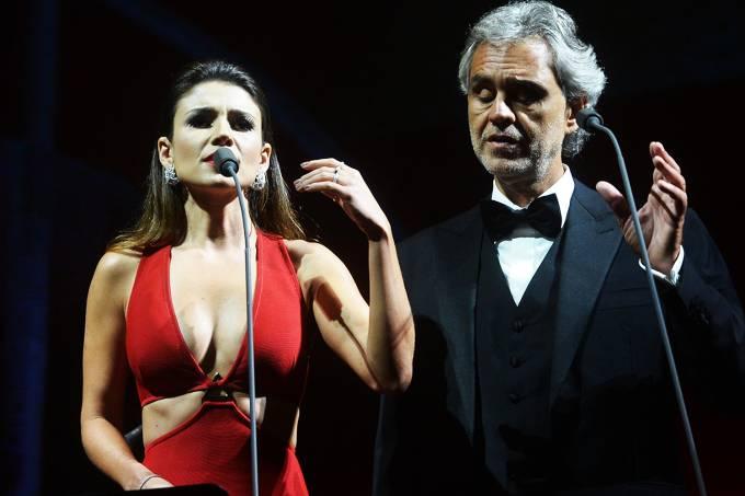 Andrea Bocelli e Paula Fernandes no Allianz Parque, em São Paulo