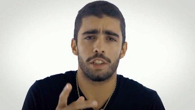 Pedro Scooby, ex de Luana Piovani, vota em Crivella