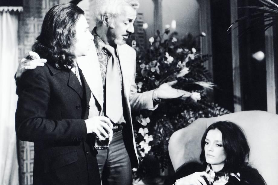 """Renato Borghi, Freddy Kleeman e Bete Mendes, na novela """"Beto Rockfeller"""", da TV Tupi."""