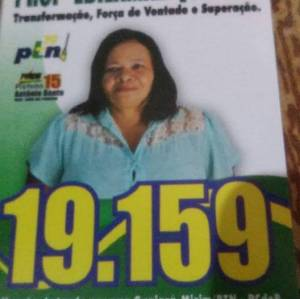 Santinho da candidata Edilamar Quintão Pimentel informava número errado