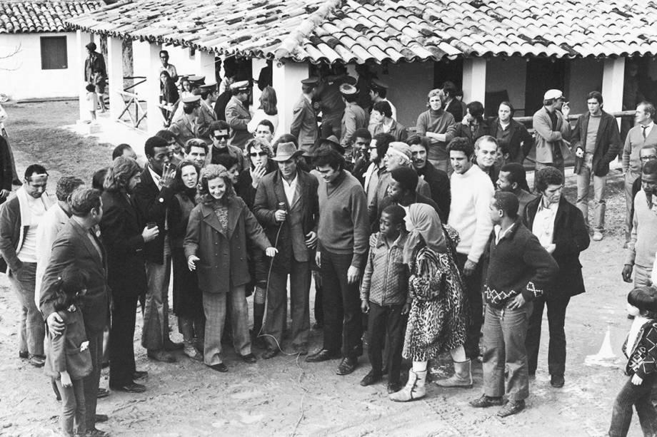 """Tarcísio Meira e Glória Menezes na novela """"Irmãos Coragem"""", de 1970"""