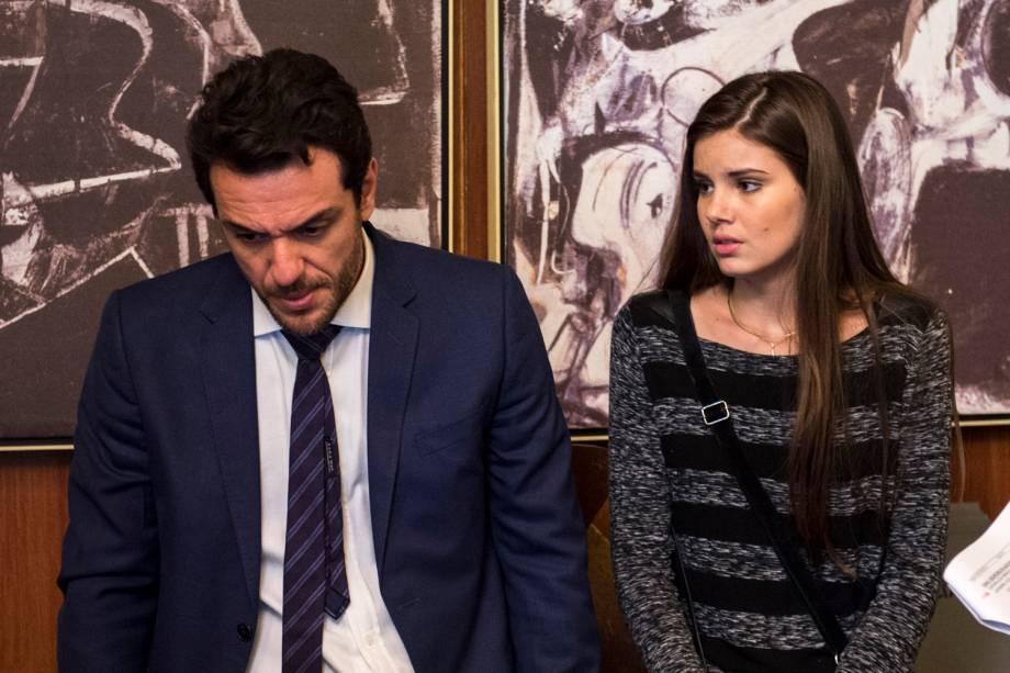 """Camila Queiroz e Rodrigo Lombardi na novela """"Verdades Secretas"""""""