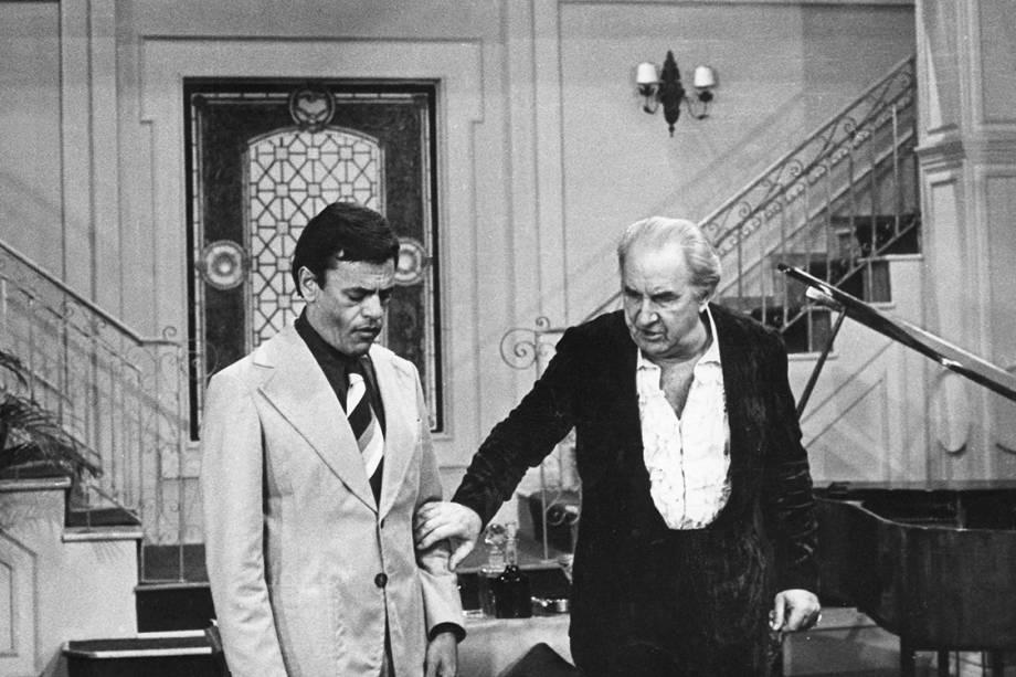 """Ziembinski e Edson França na novela """"O Rebu"""", da Rede Globo"""