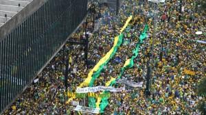 O povo na rua em 15 de março